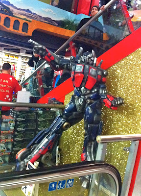 Robot Optimus Prime a Hamleys