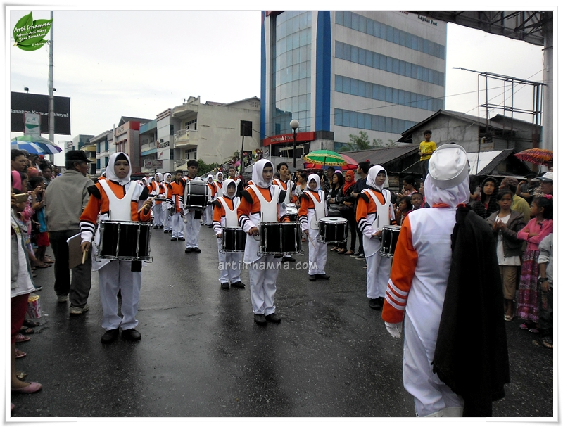 Fashion Road dan Marching Band SMA Pontianak