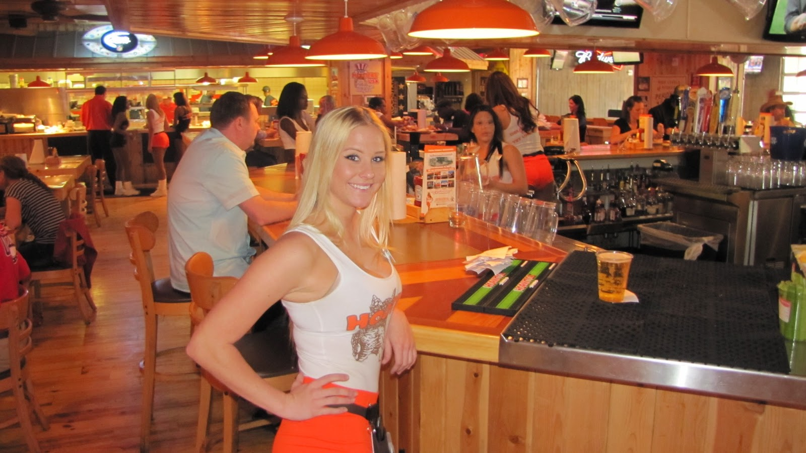 hook up hooters 39 reviews of hooters great service here and the best wings around, if you like the breaded and fried wings we also ordered french fries which are always good.