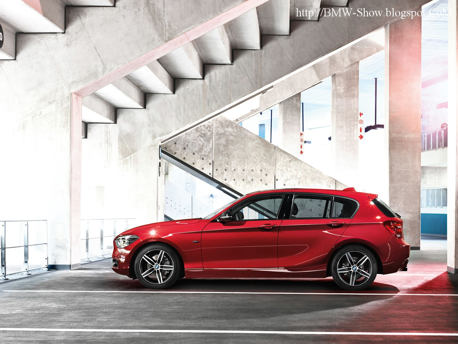 BMW 1 Series (5-door) (2011) - BMW - FORUM Auto Journal