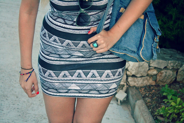 aztec-holiday-outfit