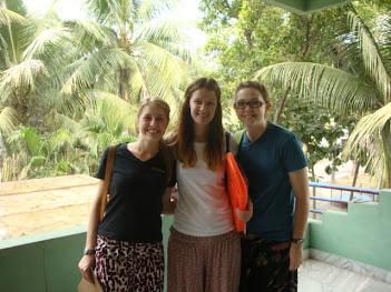 Caroline(Germany), Fiona(England), Emily(Australia)