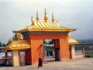 Tibertan monastery Bylakuppe
