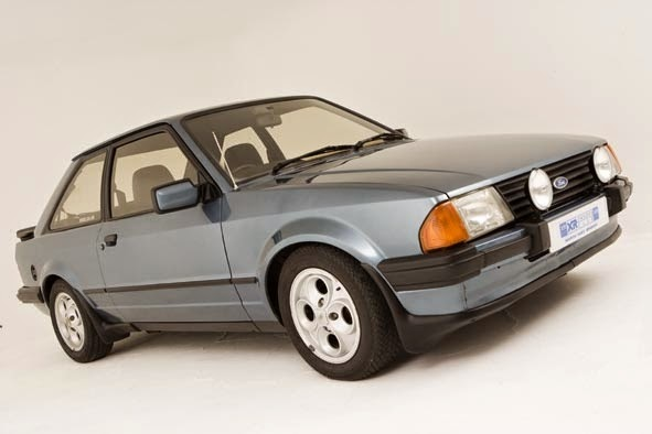 Ford garage escort xr 3 for Garage automobile laxou