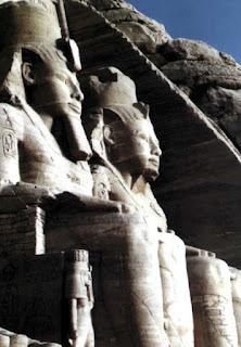 Templo de Abu Simbel en Egipto. Egipto a tus pies. Templos egipcios. Religion egipcia. Civilizacion egipcia. Templo de Karnak. Templo de Luxor.