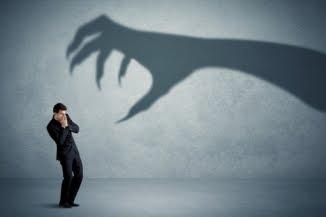 Mana de Luni: Robert J. Tamasy 🔴 Frica de nimic – Doar de frica însăși?