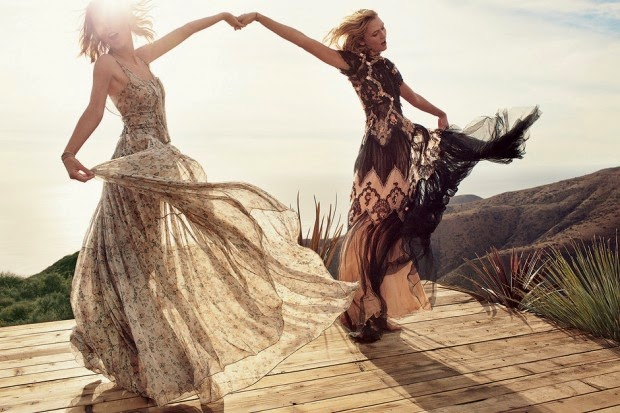 Best friends Karlie Kloss and Taylor Swift cover Vogue March 2015 edition