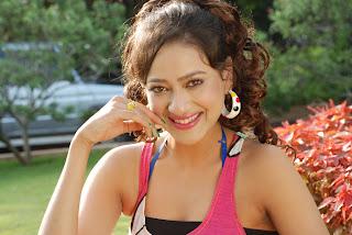Madalasa Sharma  Stills in Pathayeram Kodi Movie Stills (20).jpg