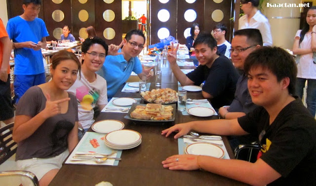 Atrium Cafe Buffet Marathon Bloggers
