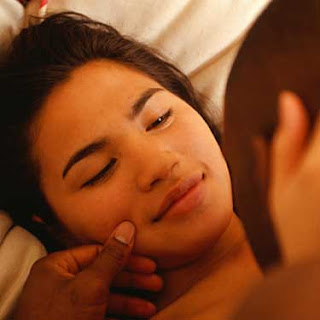 Health Benefits of Foreplay for Miss V
