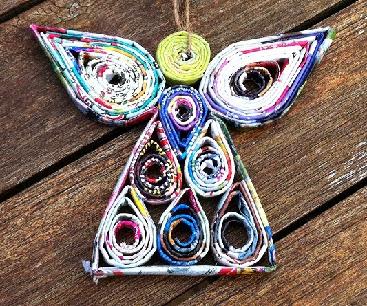 The art of up cycling recycled magazine art fab for Art from recycled materials ideas