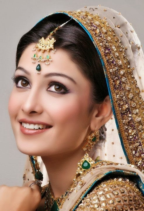 Ayeza Khan in pictures celebrities in Pakistan