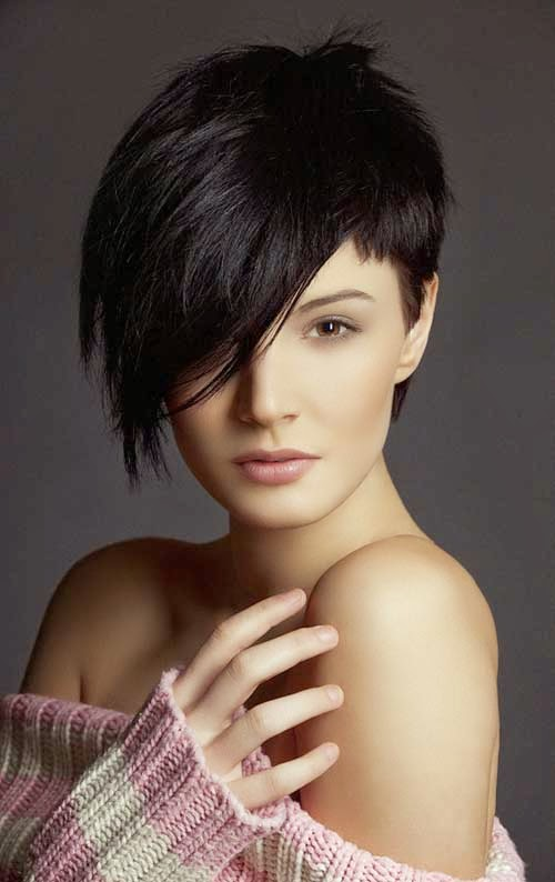 Short Hairstyles for Round Faces and Thick Hair 2015