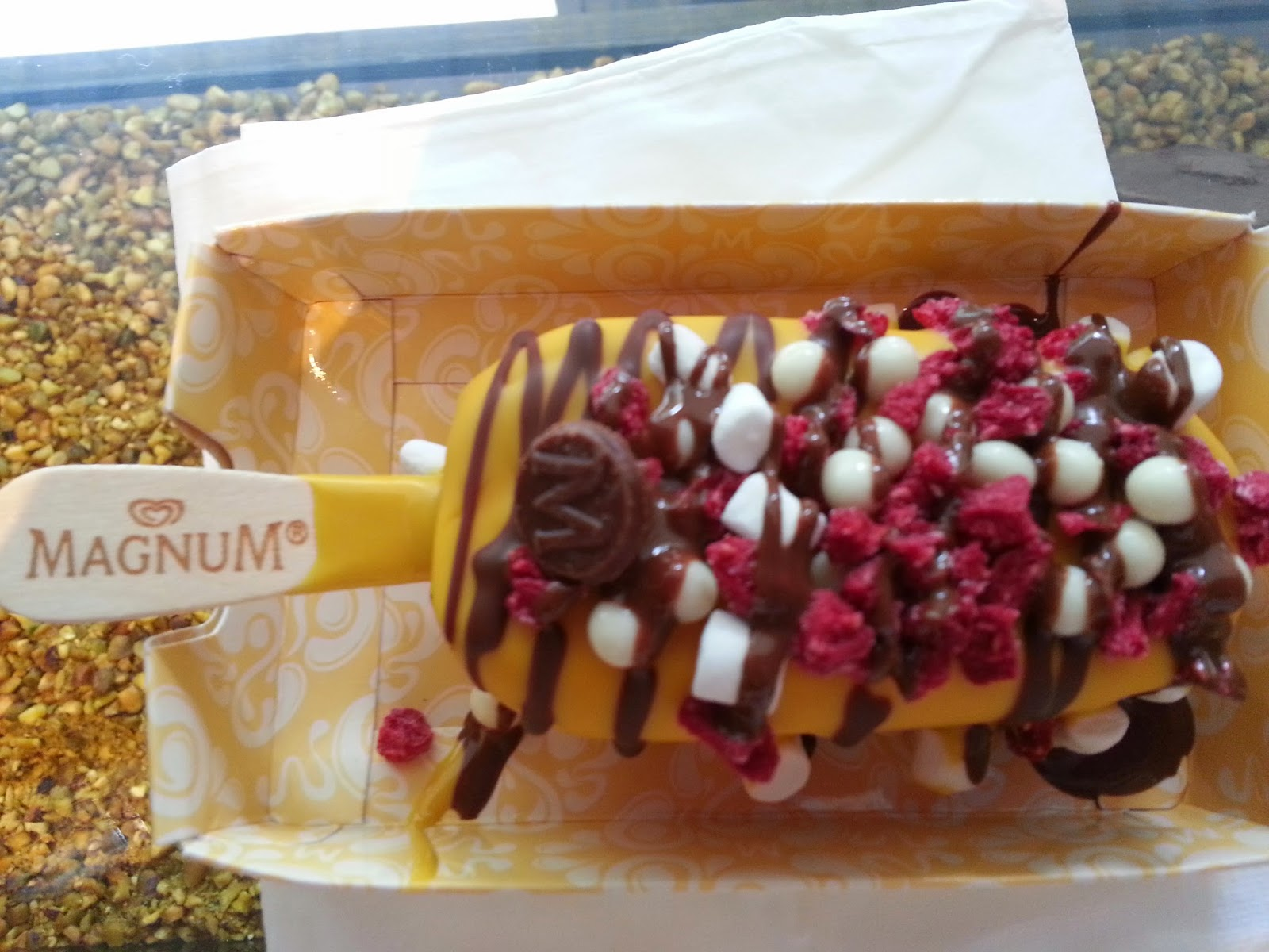 Country gourmet traveler magnum yourself manila has its own magnum ice cream shop where you can make your own magnum this is soooo cool an individual magnum there are shops as well in hamburg solutioingenieria Image collections