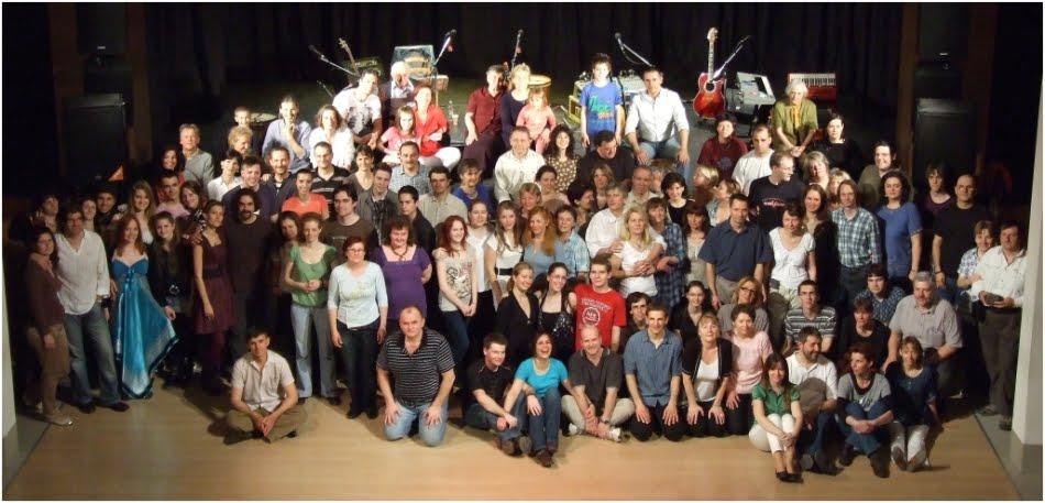 az Új Sirtosfan csoportkép :))) 2011 ápr.17 ( E10 )
