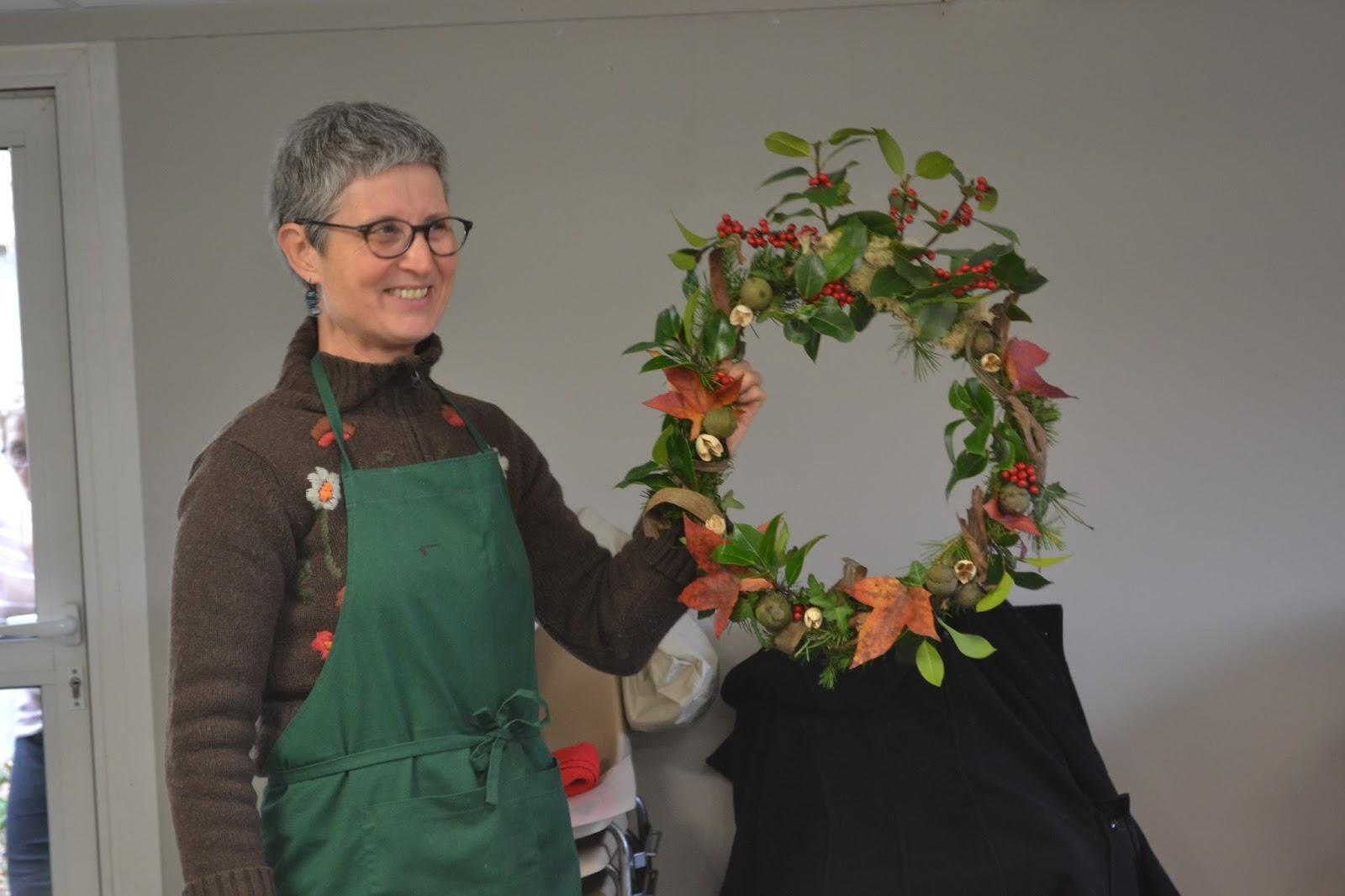 Association la mol ne t l thon atelier d corations de noel - Decoration de noel avec du houx ...