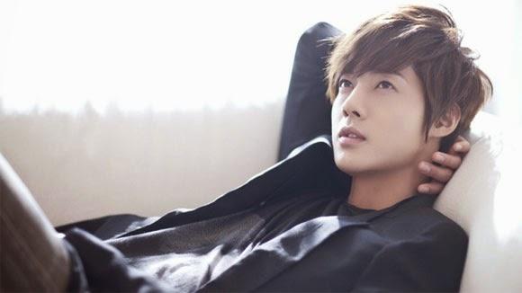 Kim Hyun Joong sẽ đến sở cảnh sát vì vụ hành hung bạn gái