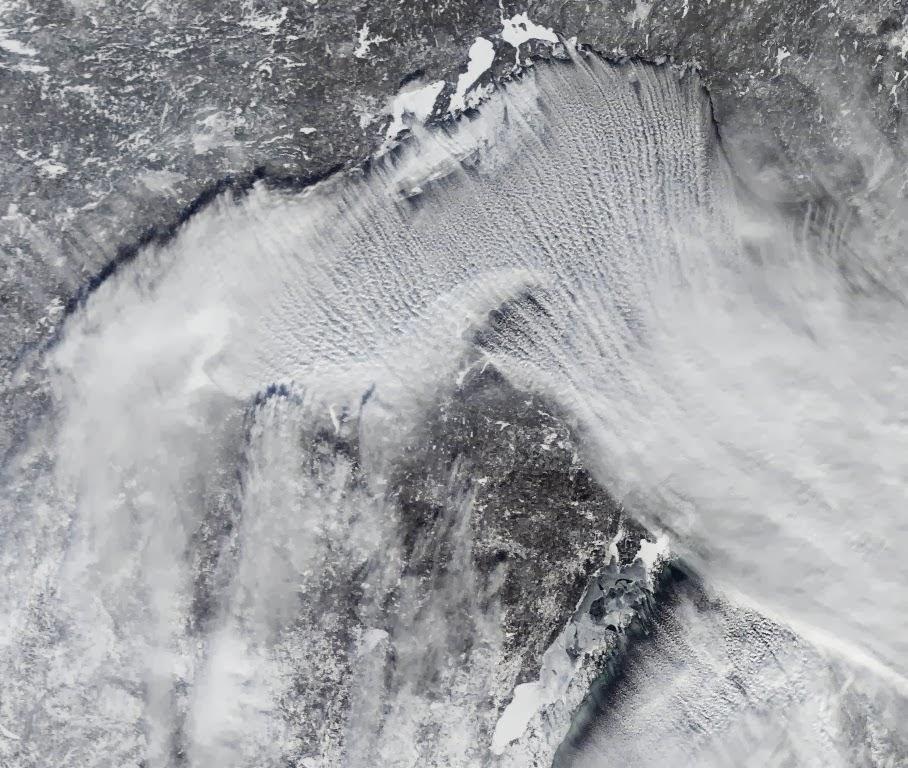 Bienvenidos al nuevo foro de apoyo a Noe #272 / 03.07.15 ~ 09.07.15 - Página 4 Imagen+ampliada+del+Vortice+Polar+conseguida+por+el+satelite+NOAA+GOES-Oriente+de+la+NASA...