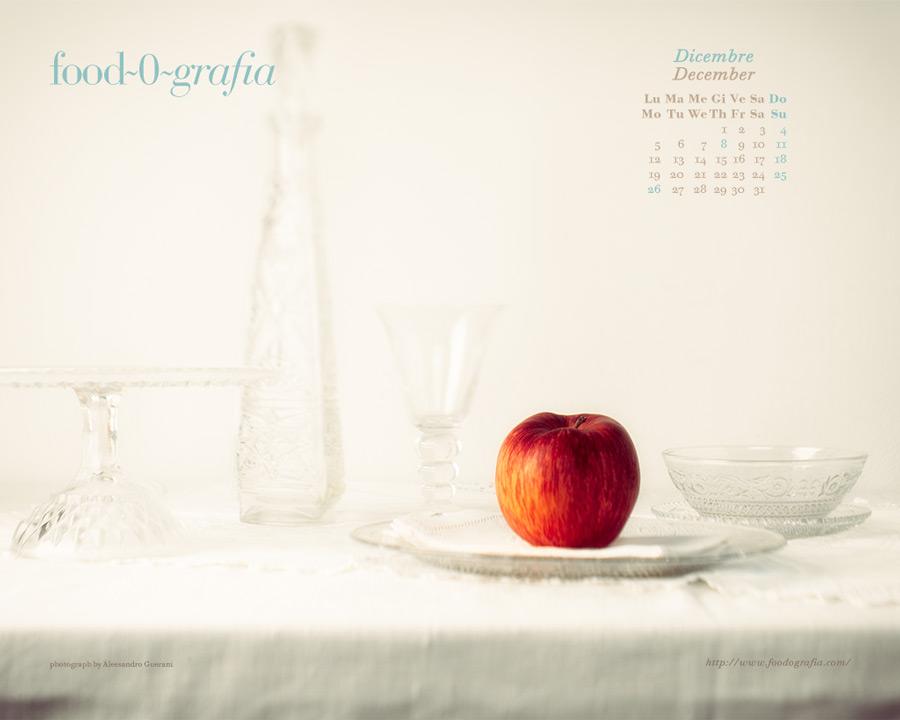natura morta di mela con cristalli