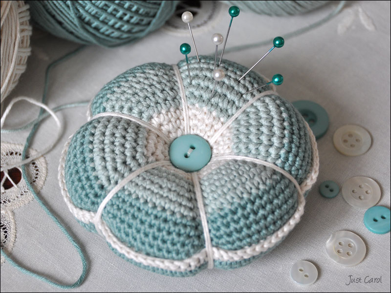 Crochet Flower Pincushion Pattern : Kaleidoscope of patterns on Pinterest Amigurumi, Color ...
