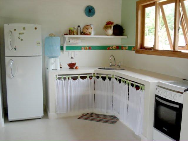 CasinhaQuerida Bancadas de Alvenaria -> Pia De Banheiro Feita Com Tijolo De Vidro
