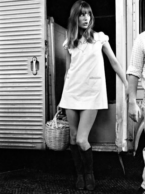 Jane Birkin in a mini dress with straw basket