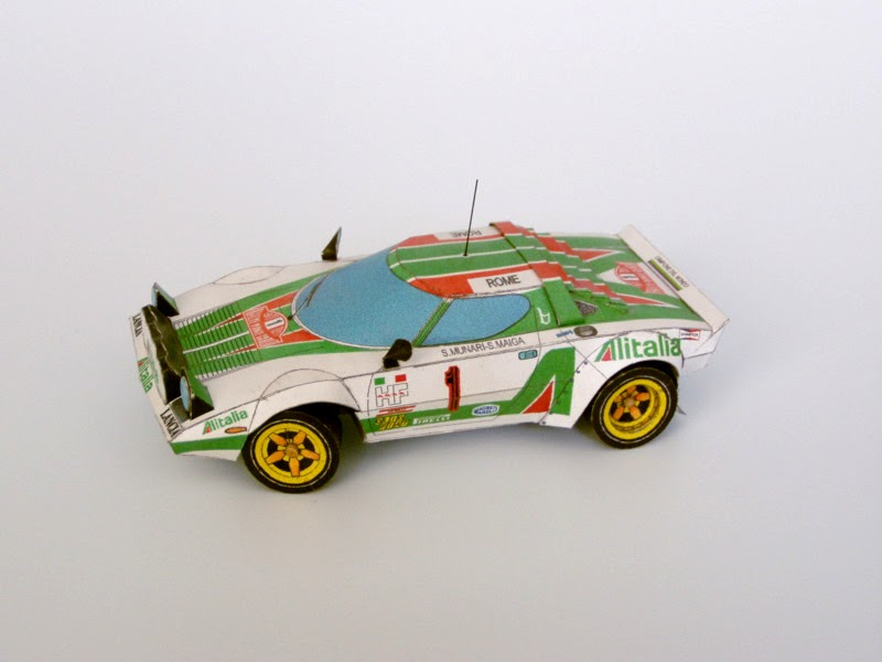 Legendary cars paper model lancia stratos for Papercraft lancia