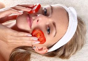 Khasiat Buah Tomat Bagi Kecantikan-Kesehatan-Kesegaran Wajah, tips merawat kecantikan wajah