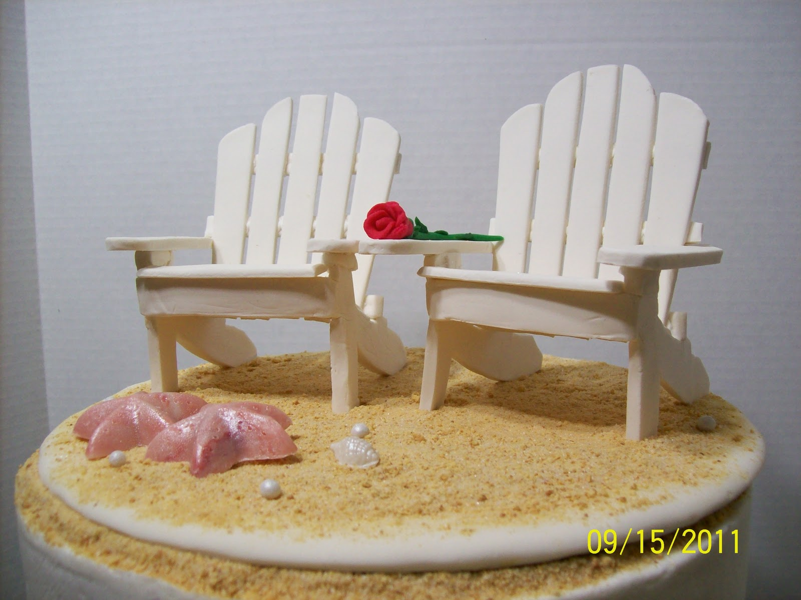 Small Adirondack Chairs Cake Toppers