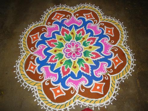Makara Sankranthi Rangavalli muggulu with colours- pongal kolam