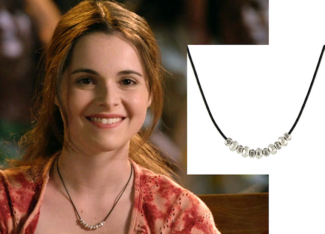 Vanessa Marano as Bay Kennish wears a Peggy Li Creations necklace