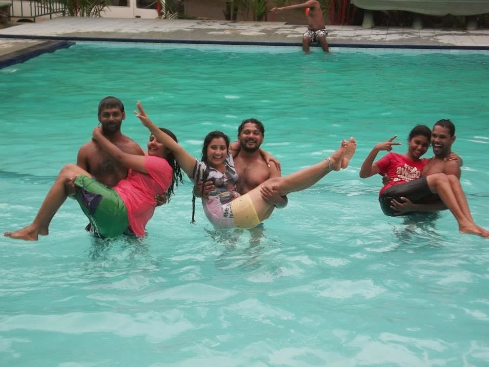 madhu nithyani wet in pool