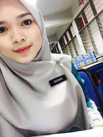 Cikgu Melayu Hot