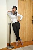 Smithika glamorous photo shoot-thumbnail-13