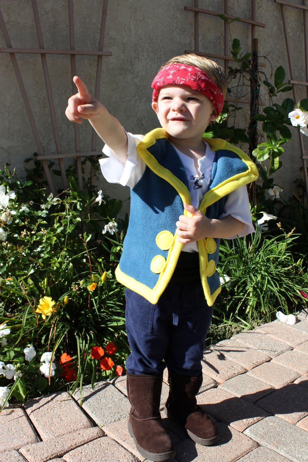 sc 1 st  Lu Bird Baby & Lu Bird Baby: Jake from Jake and the Neverland Pirates Costume Tutorial