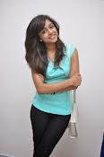 Vithika Sheru Glamorous Photo Shoot Gallery-thumbnail-11