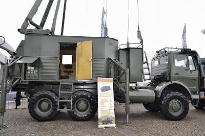 gambar Mobil Radar Giraffe