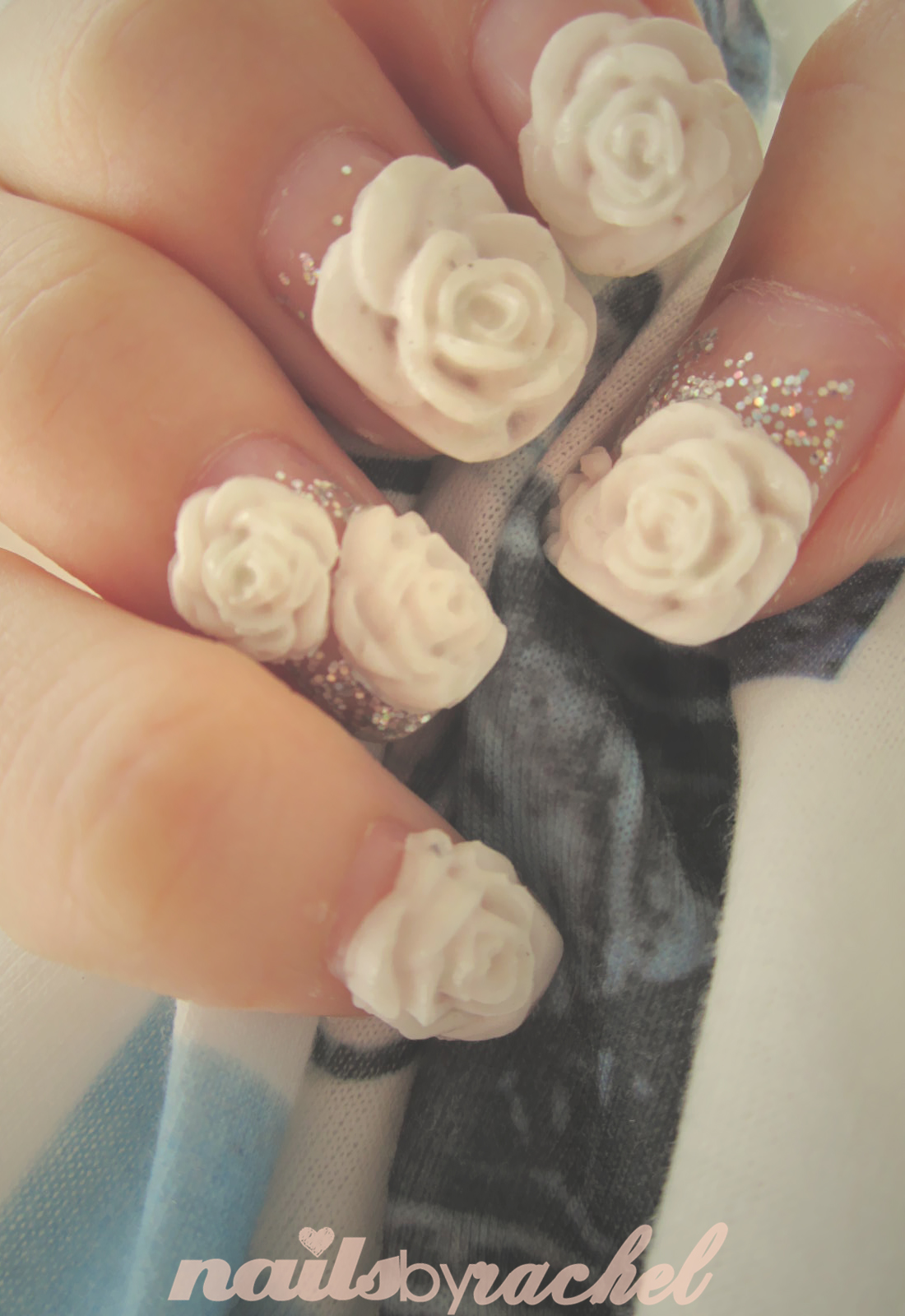 Nails by Rachel: about growing flowers on my nails