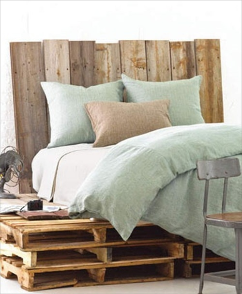 How to Make a Platform Bed From Pallets