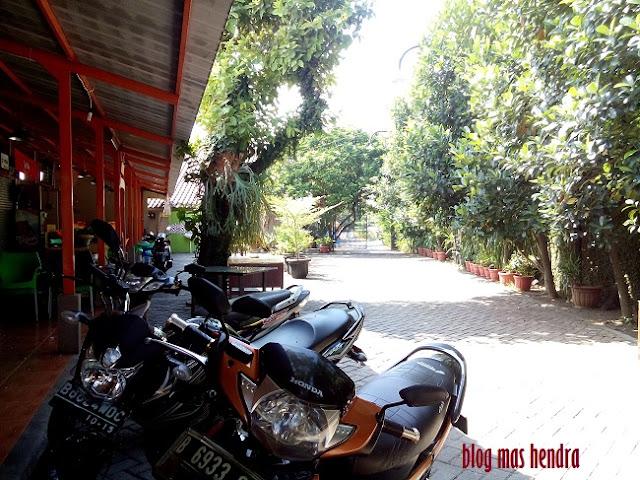 Parkir Motor Utama - Blog Mas Hendra