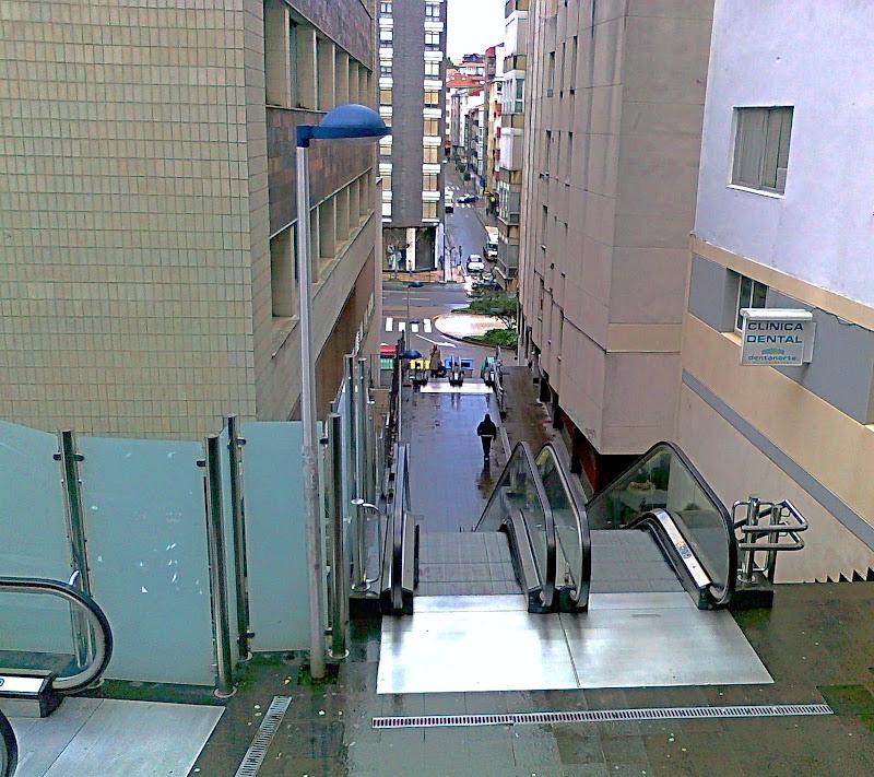 Escaleras mecánicas Calle Vargas en Santander