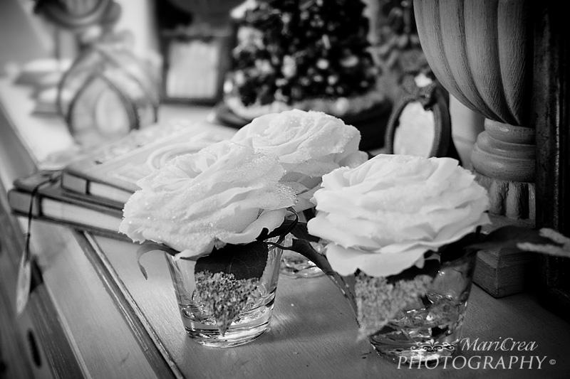Rose e oggetti vintage bianco e nero