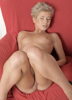 hot chicks - sexygirl-HillaryClinton00003-794976.jpg