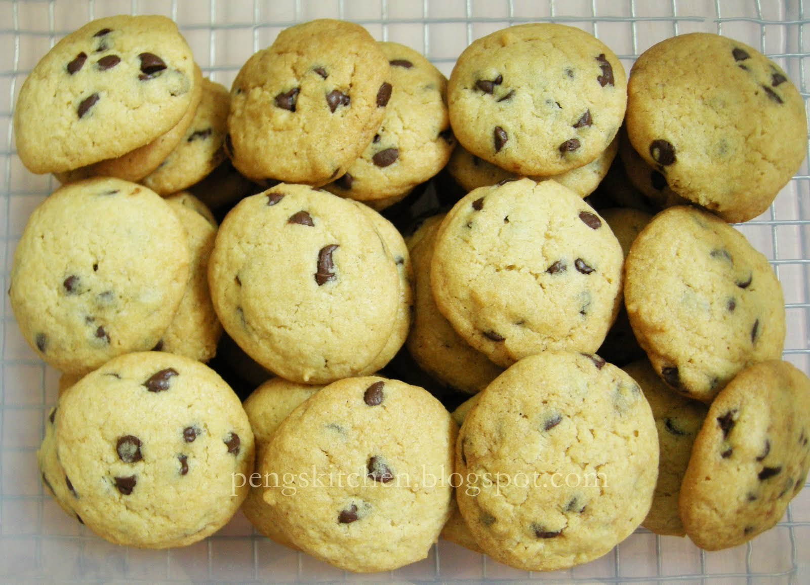 Peng's Kitchen: Crunchy Chocolate Chips Cookies