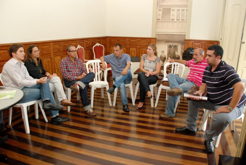 A reunião contou com a presença de representantes do IFRJ, da Secretaria de Turismo e os Secretários Municipais de Cultura, Wanderley Peres, e de Educação, Leonardo Vasconcellos