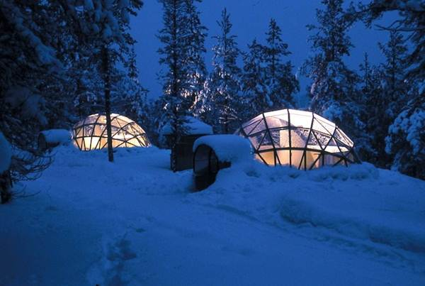 pemandangan-luar-hotel-igloo