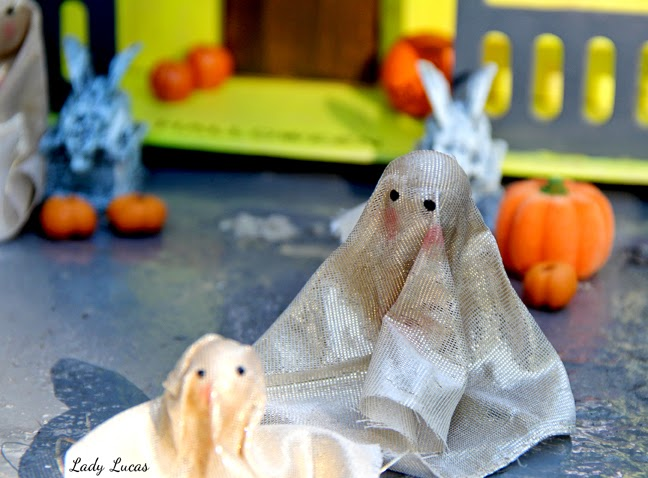 Haunted House DIY Lady Lucas