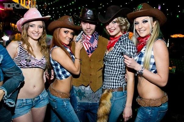 Костюм для ковбойской вечеринки