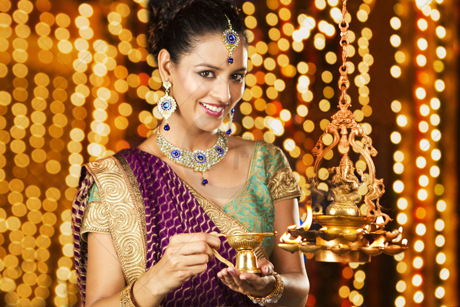 hindu single women in fort madison Fort madison military women has your dating life gone all tango uniform on you dating doesn't have to be as challenging as basic training militarysinglescom makes finding single, fort madison military women a walk in the park.