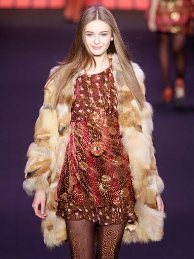 Кожено палто от лисица Anna Sui